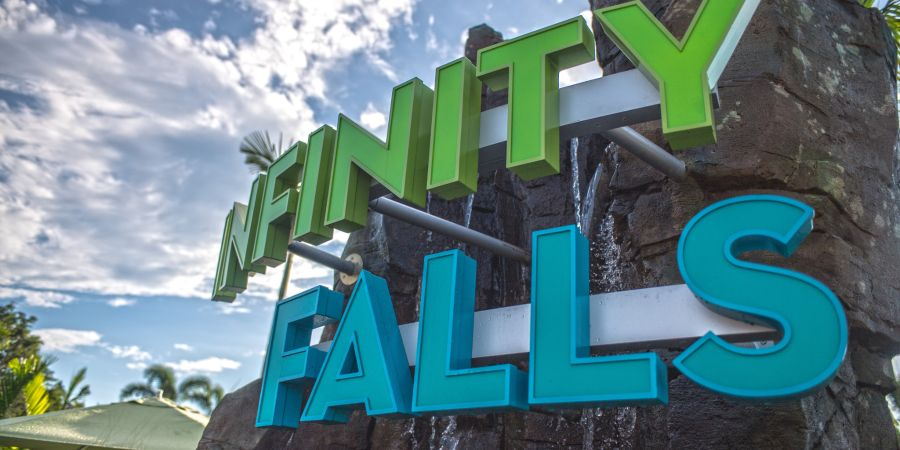Infinity Falls no Sea World